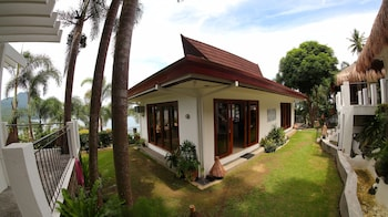 VILLAS BY ECO HOTEL BATANGAS Property Grounds