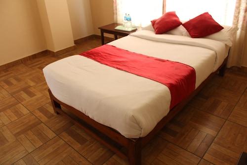 Hotel God Pigeon, Gandaki