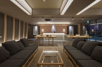 MIMARU TOKYO UENO NORTH Lobby Sitting Area