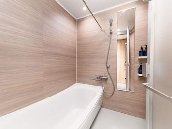 MIMARU TOKYO UENO NORTH Deep Soaking Bathtub