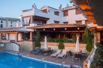 Hotel - Apartamentos Alhanda