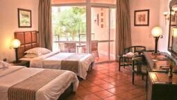Palmera Azur Resort – Families Only