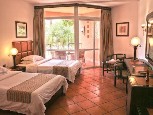 . Palmera Azur Resort