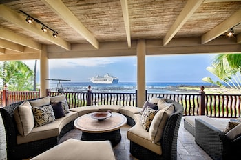 Kona Bay Bliss - 4 Br home by RedAwning