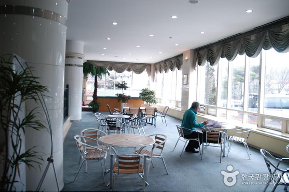 Asan Oncheon Hotel