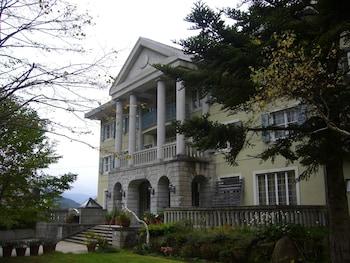 苗場スプリングスホテル
