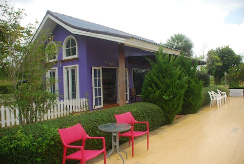 Phureenun Resort, Pak Chong