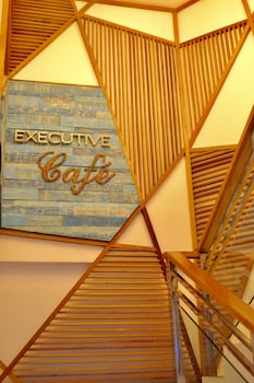 G EXECUTIVE HOTEL BORACAY Cafe