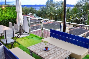 G EXECUTIVE HOTEL BORACAY Lounge