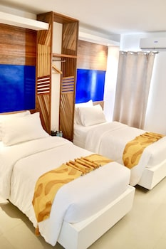 G EXECUTIVE HOTEL BORACAY Room