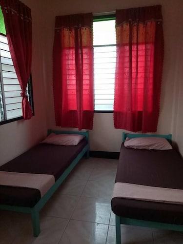 Ayahmi Hostel, Puerto Princesa City