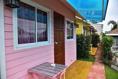 Baan Tua Mor Resort, Pran Buri