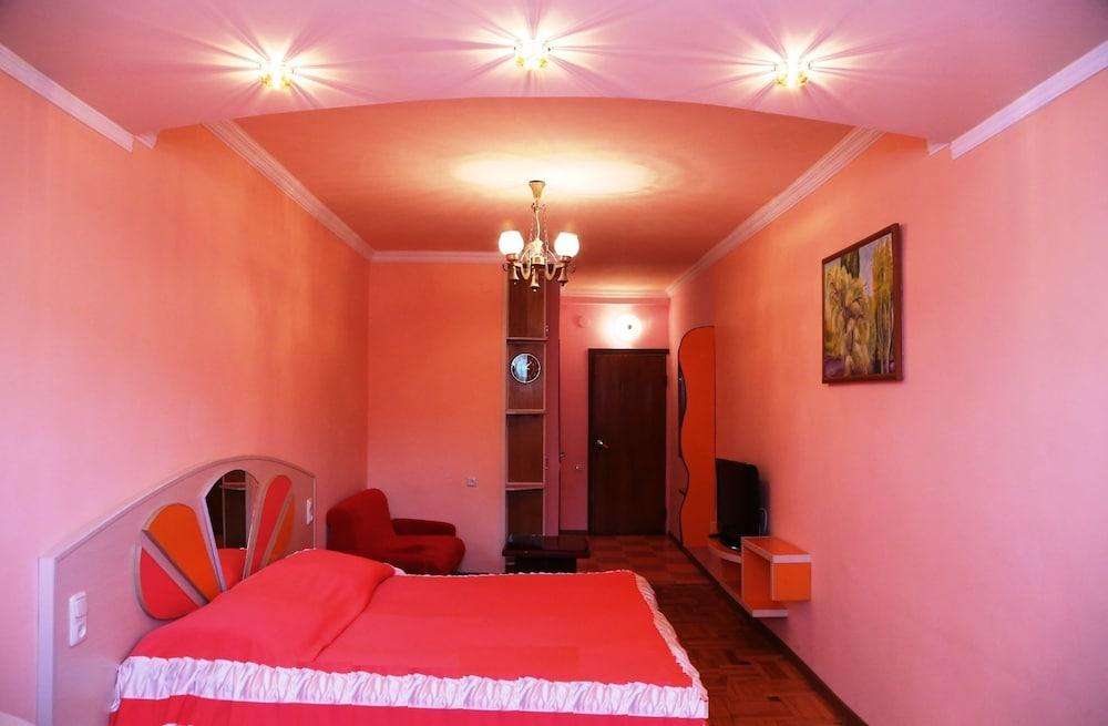 Writers Hotel,