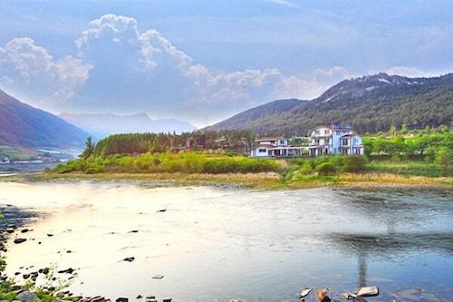 Jeongseon Jangsu Pension, Jeongseon