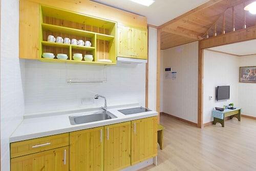 Jecheon Wood Nest Pension, Jecheon