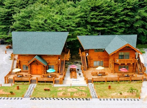 Taean Noueure Pine Forest Pension, Taean