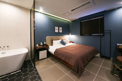 Brown Dot Hotel Masan, Masan