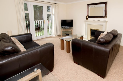 . Annandale Court Serviced Apartments