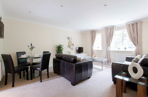 . Copthorne Court Serviced Apartments