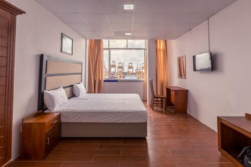 Metro Port City Hotel, Colombo