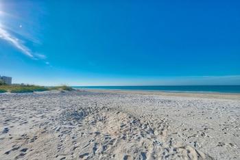 Beach Cottage II #2501 - 2Br Condo