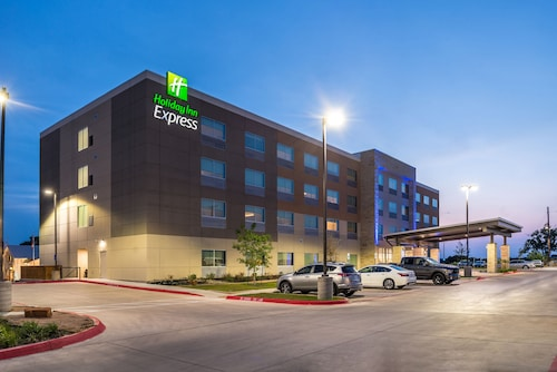 . Holiday Inn Express Early