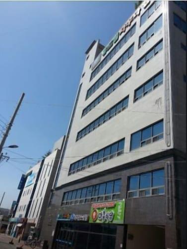 R&D Residence Hotel, Gumi