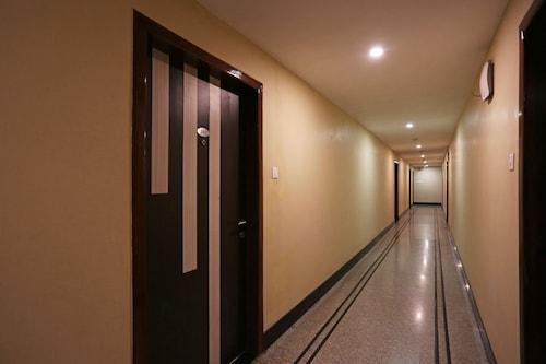 OYO 2392 Hotel Royal Heritage, Kamrup Metropolitan