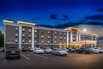 Hampton Inn and Suites St. Paul Oakdale/Woodbury by Hilton photo