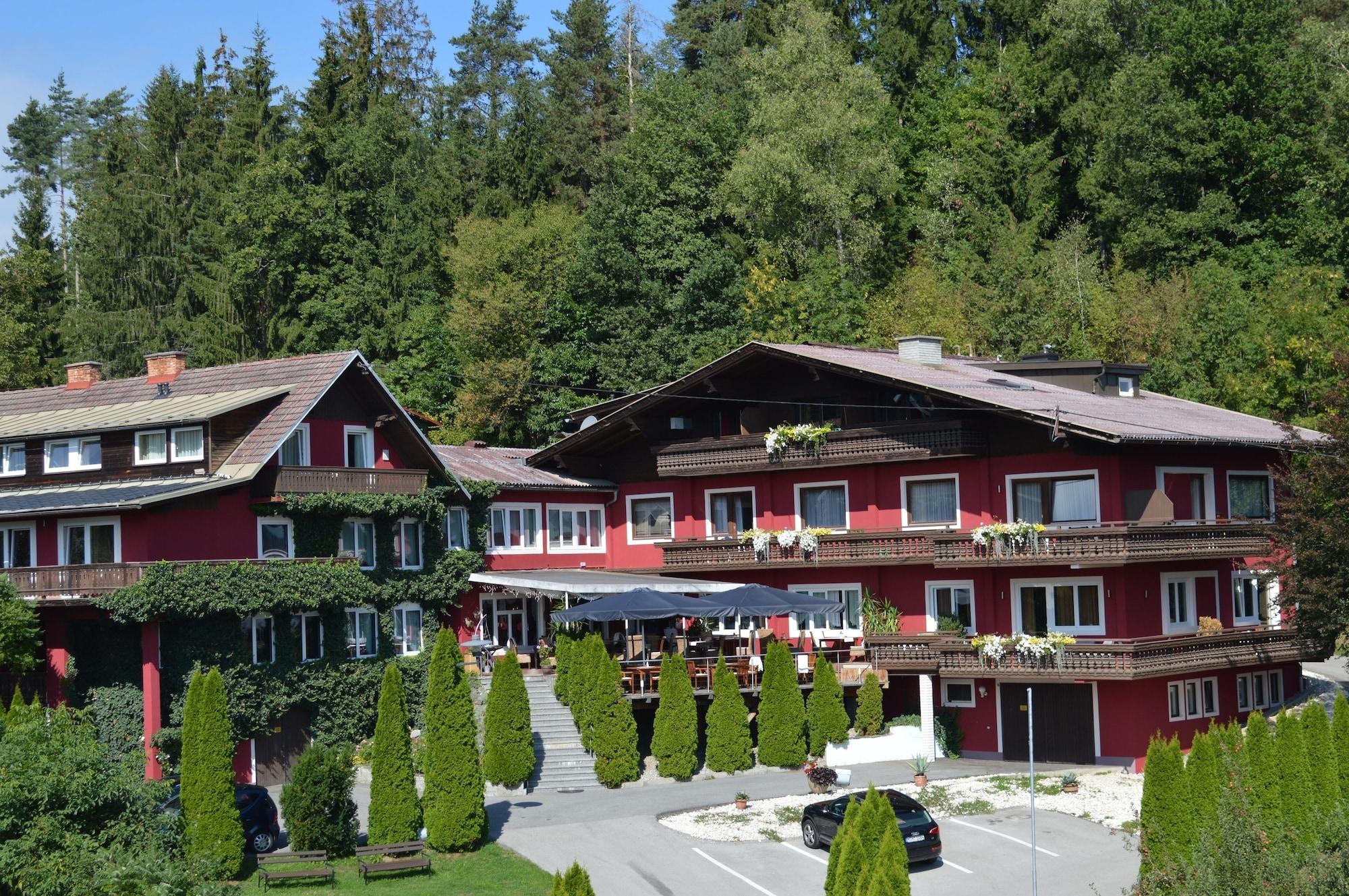 Landidyll Hotel Nudelbacher, Feldkirchen