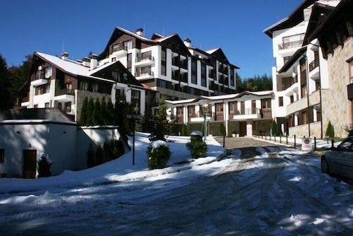 Semiramida Gardens Apartments, Samokov