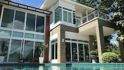 Baan Talay Pool Villa Pattaya