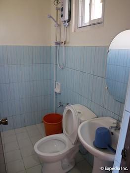 JAMJEN'S LODGE Bathroom