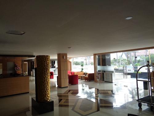 Grand Dian Hotel Slawi, Tegal