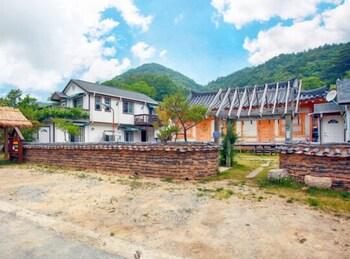 蔚珍 バレー ストーリー ペンション (Uljin Valley Story Pension)