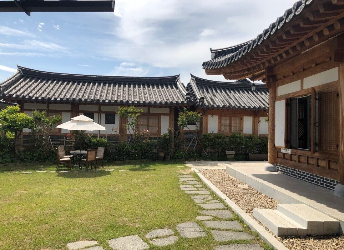 Suncheon Moonlight Love Hanok Pension, Suncheon