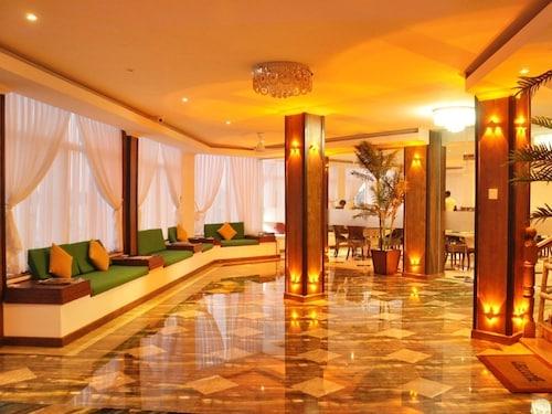 . Hotel East Lagoon