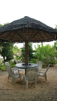 HAMBILICA ECOLODGE Outdoor Dining