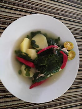 HAMBILICA ECOLODGE Food and Drink