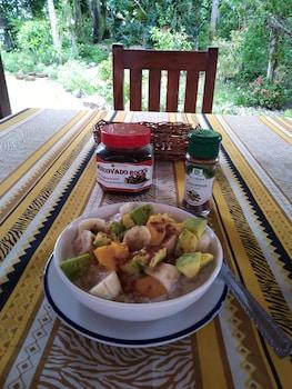 HAMBILICA ECOLODGE Breakfast Meal