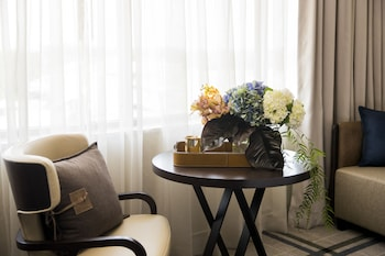 Guestroom at The William Inglis - MGallery by Sofitel in Warwick Farm