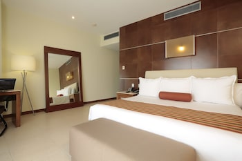 Standard Room, 1 King Bed (Acceso Gratis a Club de Playa)
