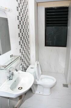 Standard Tek Büyük Yataklı Oda, Ortak Banyo