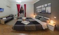 Standard Triple Room, 1 Bedroom, City View