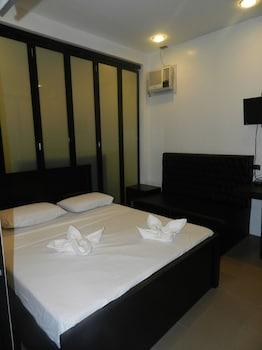 SEACOAST INN Room