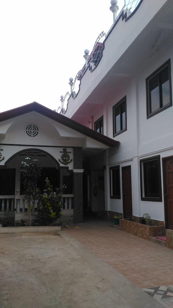 セーラー ペンション ハウス