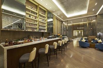 HILTON MANILA Lobby Lounge