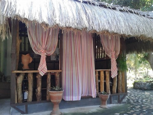 Chelle's Guest House and Backpackers - Hostel, San Juan
