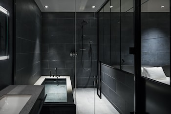 HOTEL KOE TOKYO Bathroom