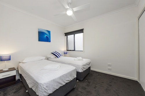 Astra Apartments Notting Hill, Monash - Waverley West